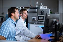 Iontová mobilita-hmotnostní spektrometrie pro náročnou analýzu organických látek